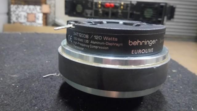 Motor de agudos Behringer 34T120D8