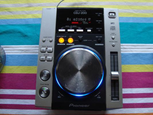 PIONEER CDJ 200