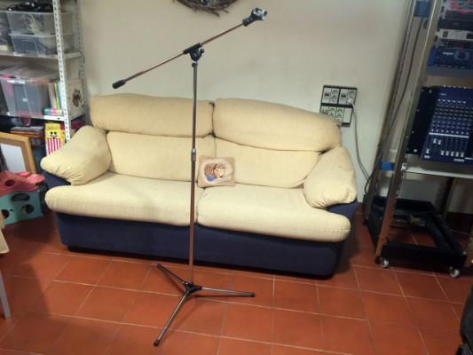 Pie de microfono con jirafa
