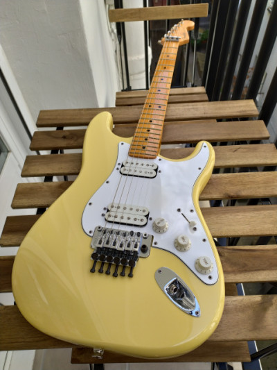 Fender Stratocaster HH Floyd Rose Classic Series USA