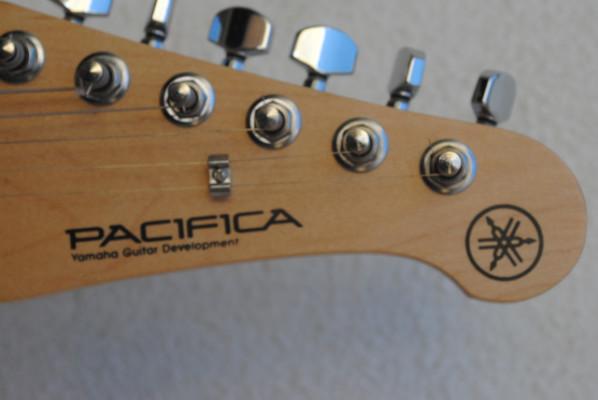 Yamaha Pacifica  - Guitarra eléctrica PCA 112J
