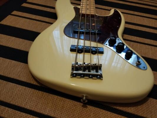 Fender Jazz bass American Standard 2012