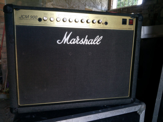 Marshall jcm 900 combo