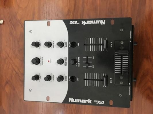 NUMARK DM-950