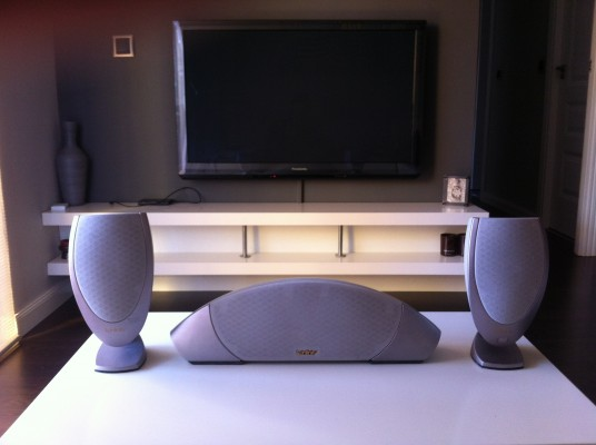ALTAVOCES ESTEREO Y CANAL CENTRAL INFINITY MODULUS