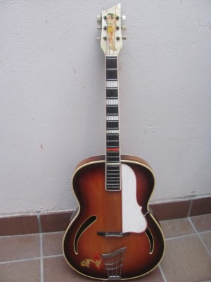 Guitarra de jazz Höpf, made in Germany