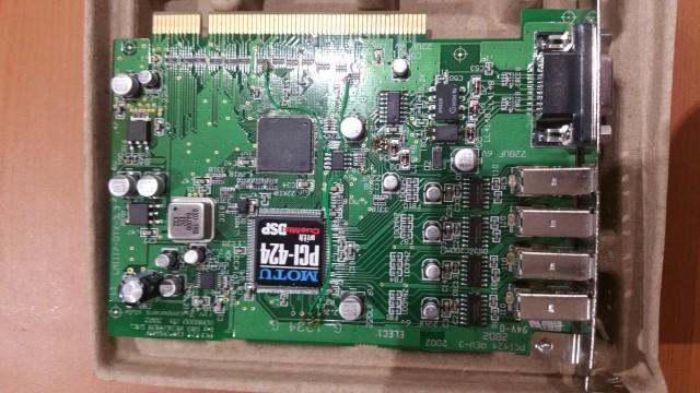 Motu PCI 424 sin apenas uso