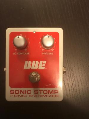 O cambio BBE Sonic Maximizer Stomp Box