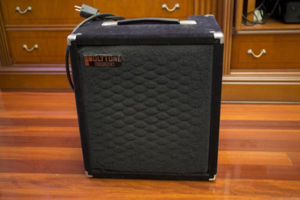 1979 Polytone Mini Brute II Black Velvet tolex
