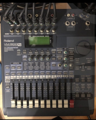 Roland VM- 3100 Pro