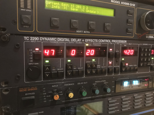 TC Electronic 2290 Dynamic Delay + Effect Control Processor