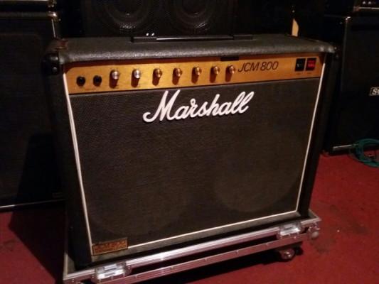Marshall JCM 800 combo 4103 de 1984+flight case