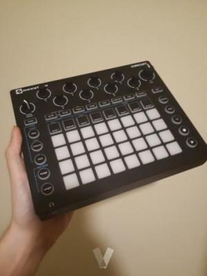 Novation Circuit - groovebox y sintetizador