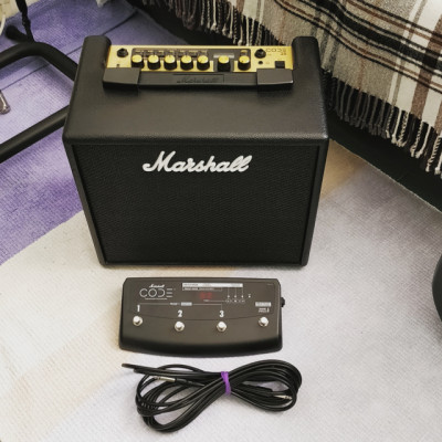 Amplificador Marshall Code 25 +  Pedal Footswitch Programable