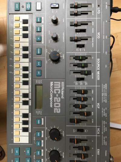 Roland MC-202 MicroComposer