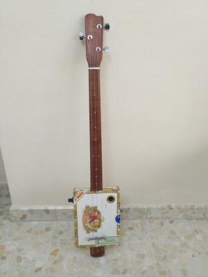 Cambio Cigarbox por guitarra eléctrica