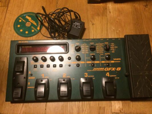 Pedalera Guitar Effects Processor ZOOM GFX 8