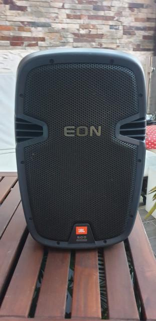 """altavoz JBL EON 510 autoamplificado 10"""" solo se vende una unidad."""