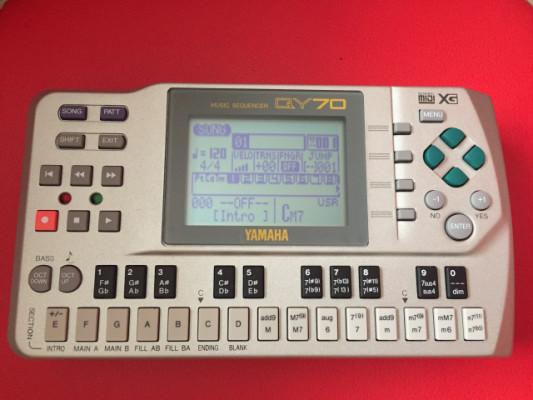 Yamaha qy70 secuenciador