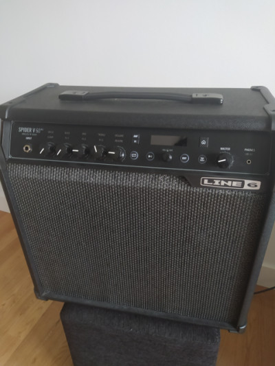 Amplificador de guitarra Line6 Spider V 60 MKII
