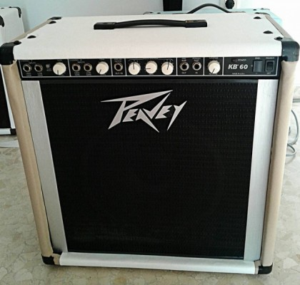 REBAJA! Amplificador Peavey KB 60 USA customizado