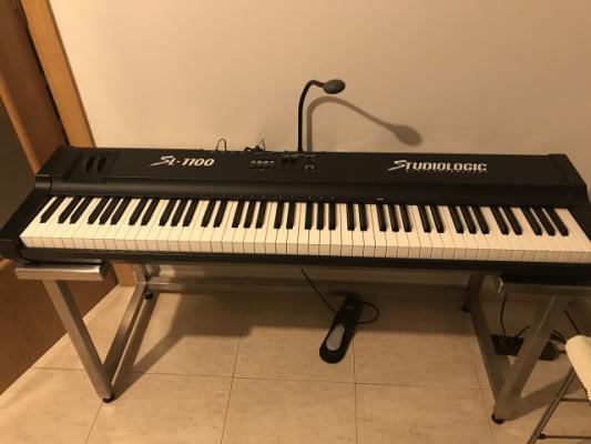 Studiologic SL 1100