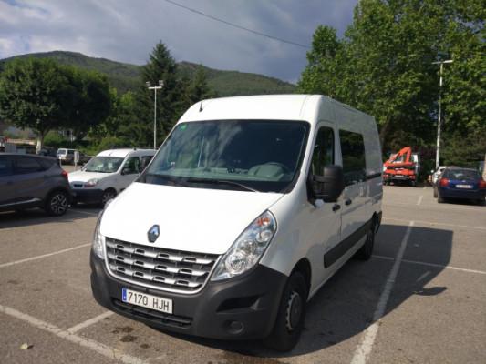 Renault Master 7 plazas con separador y gran carga