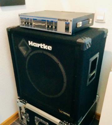 """Hartke system HA2500 de 250 WATTS y Pantalla 15"""""""