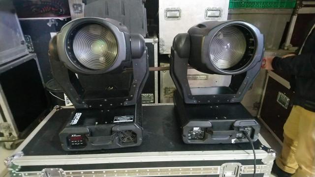 luces cabezas móviles, mixer y mas