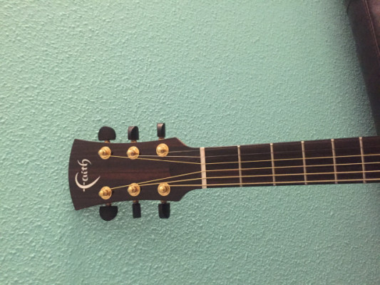 Guitarra electro acústica Seminueva