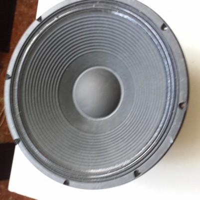 ALTAVOZ ELECTRO VOICE DE 1000 WTS  LFS 1008