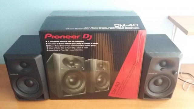 Pioneer DM-40 Semi nuevo