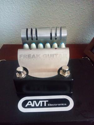 RESERVADO; Vendo o cambio pedal de guitarra AMT Freak Guitar