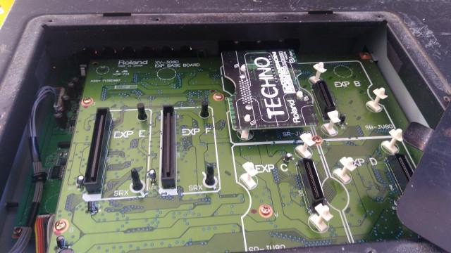 Tarjeta Techno Roland SR-JV80-11