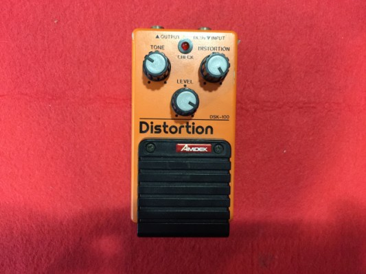 AMDEK DISTORTION DSK 100