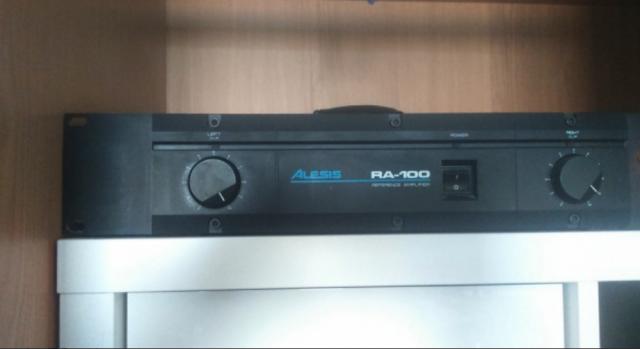 Etapa de potencia Alesis RA-100