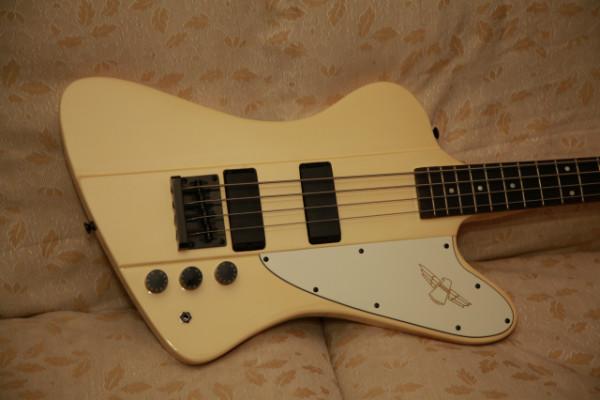 Tokai Thunderbird TB 48 Vintage White