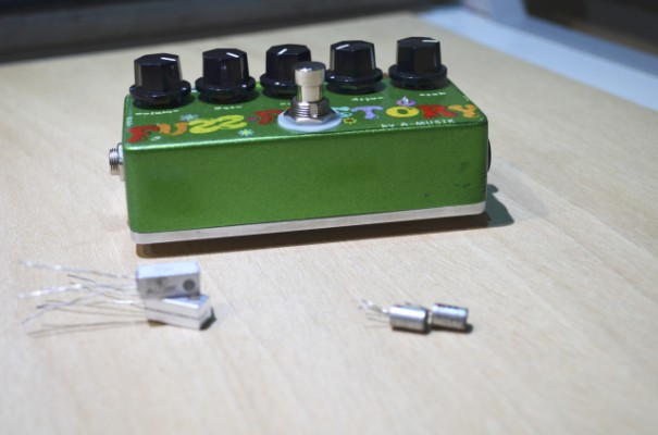 FUZZ FACTORY y  Pedales 100% HAND MADE