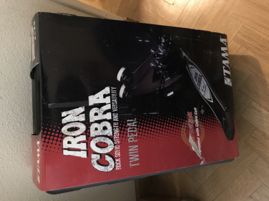Doble pedal TAMA Iron Cobra NUEVO