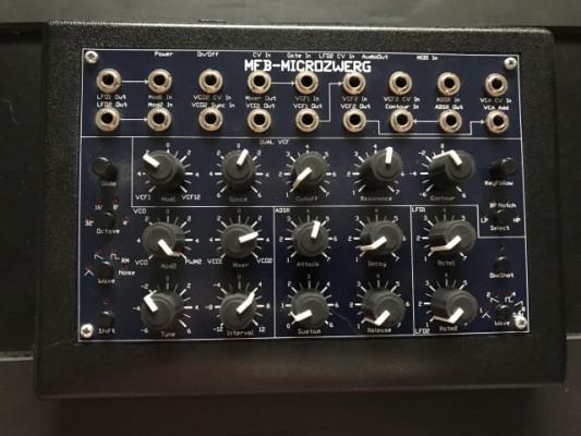 Vendo sintetizador semi modular MFB Microzwerg