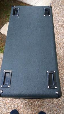 O cambio Marshall 4x12 1960B 2x G12t75 INGLESES 2x CELESTION V30