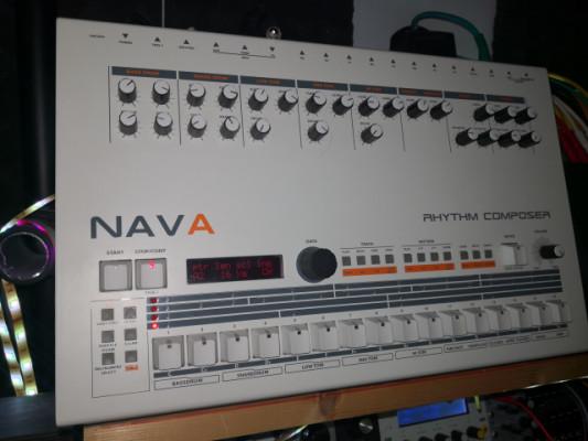 Nava (clon Roland TR-909)