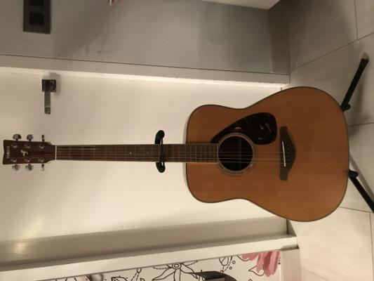 Yamaha fg730s