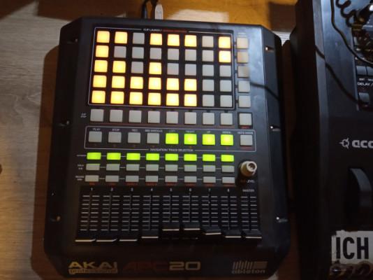 Controlador Ableton Akai Pro APC 20