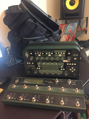 Kemper Profiler Amplifier PowerHead 1600 € + Kemper Remote Control 300 €