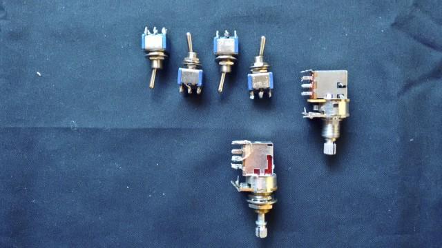 VARIOS  (2 push-pull,conmutadores, string winder)