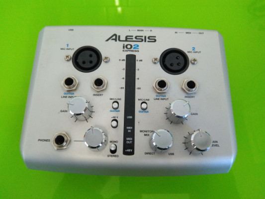 Vendo interfaz de audio Alesis IO2