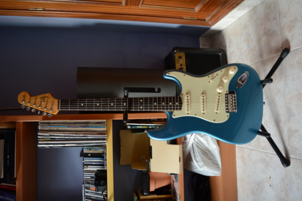 Fender classic series 60s stratocaster lake placid blue 2008
