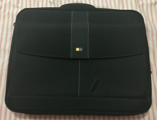 Maleta Case Logic ideal para pedalboard y multiefectos 55x42x7