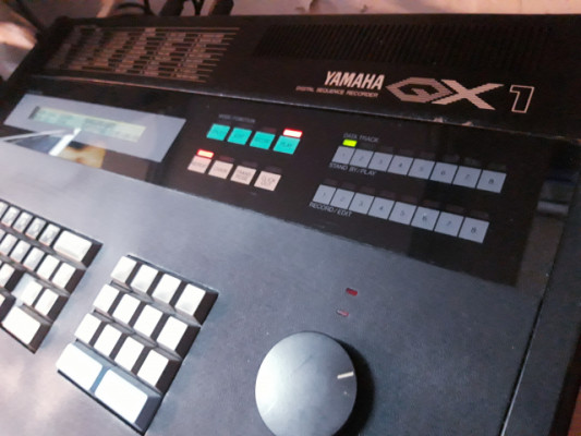 Yamaha QX1 restaurado e impecable